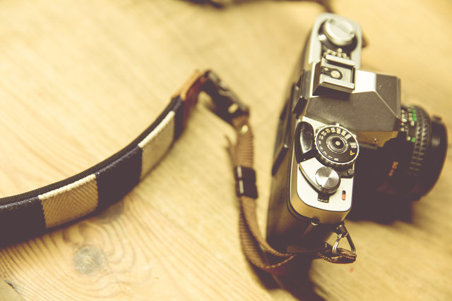 Camera camera strap classic table wood