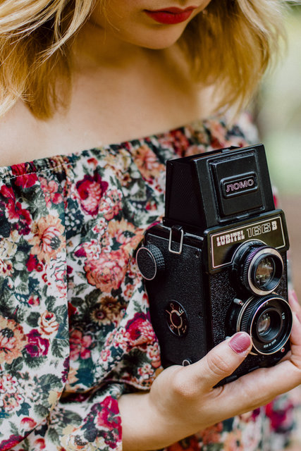 Adult analog analog camera beautiful camera