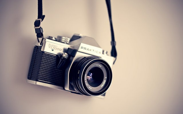 Analogue aperture camera electronics equipment