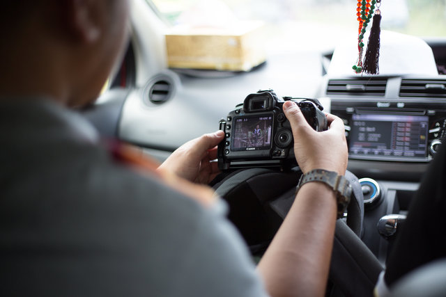 Camera canon car dashboard dslr