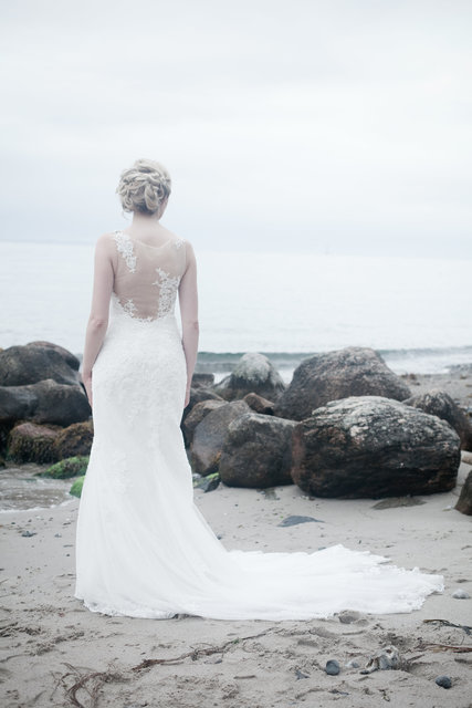 Alone beach bride dress fashion
