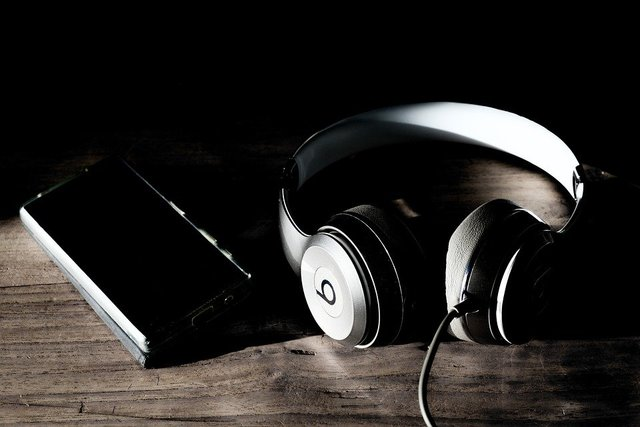 Headphones solo beats music studio