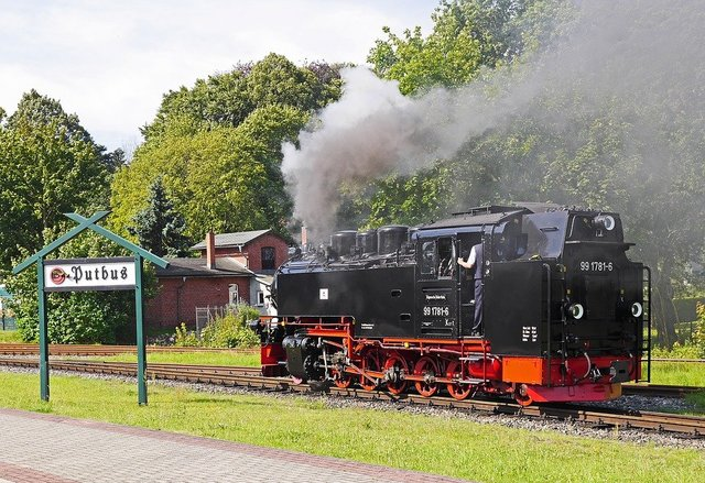 Steam locomotive rasender roland station putbus