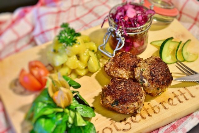Meatballs meat minced meat dinner benefit from