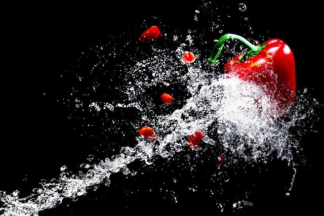 Water water splashes high speed paprika