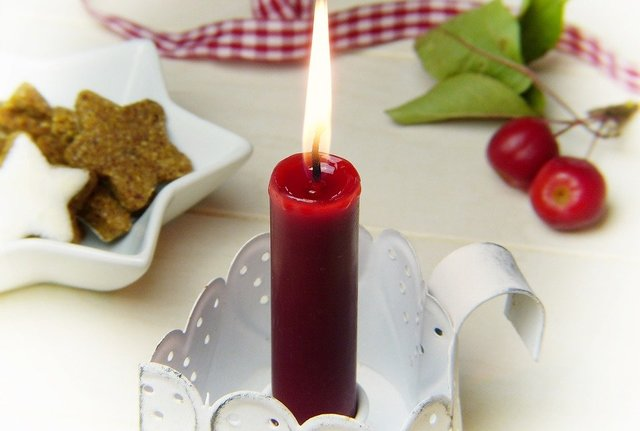 Candle red embellishment loop candle holders