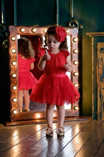 Mirror pomade baby daughter girl