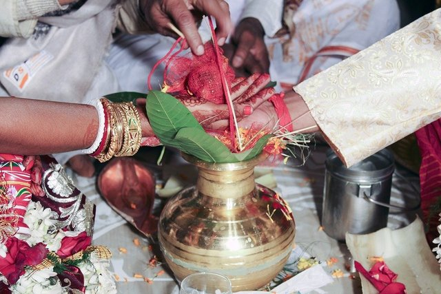 Indian rituals during marriage arrangement
