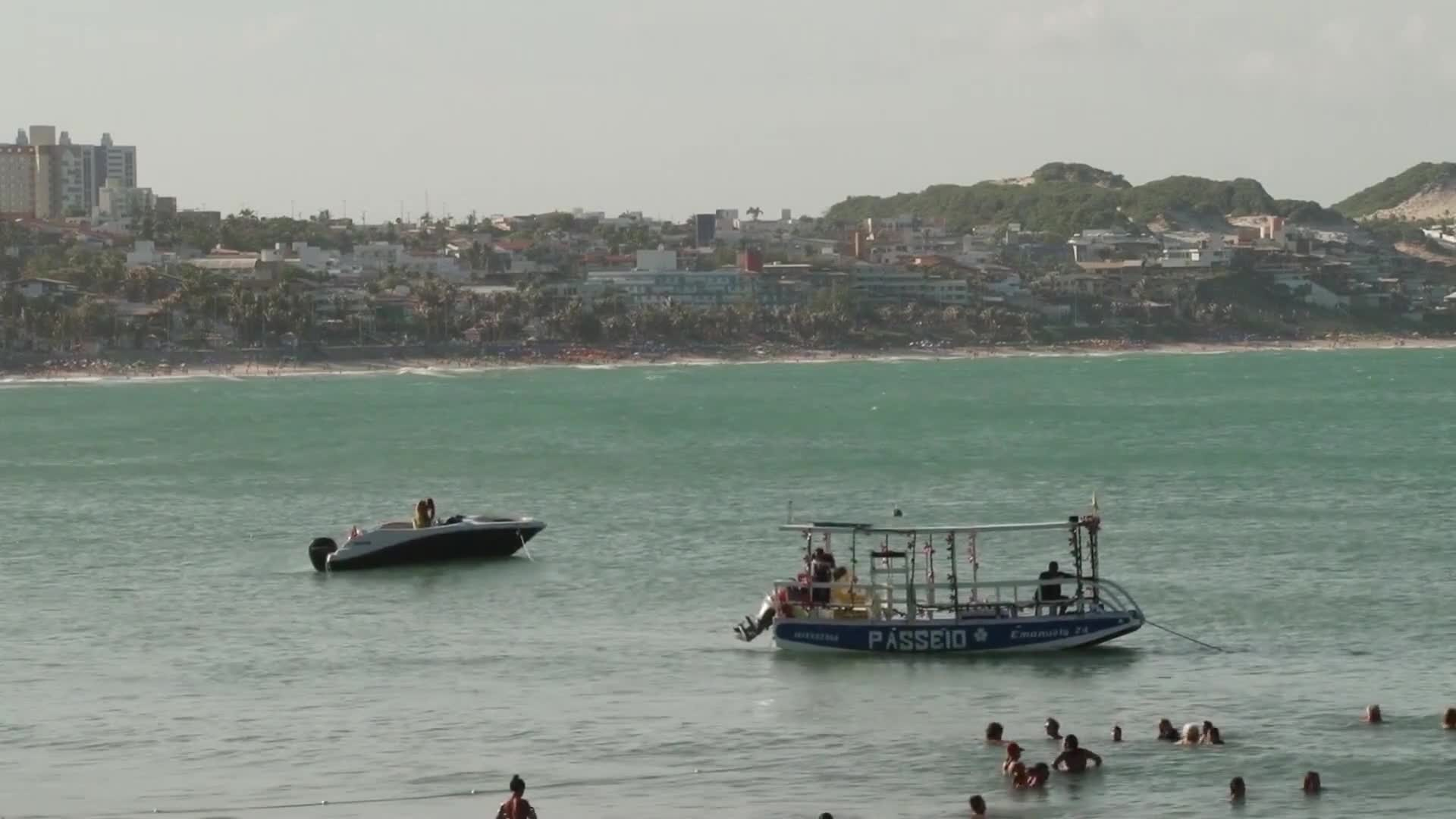 Video of boats and people in the sea