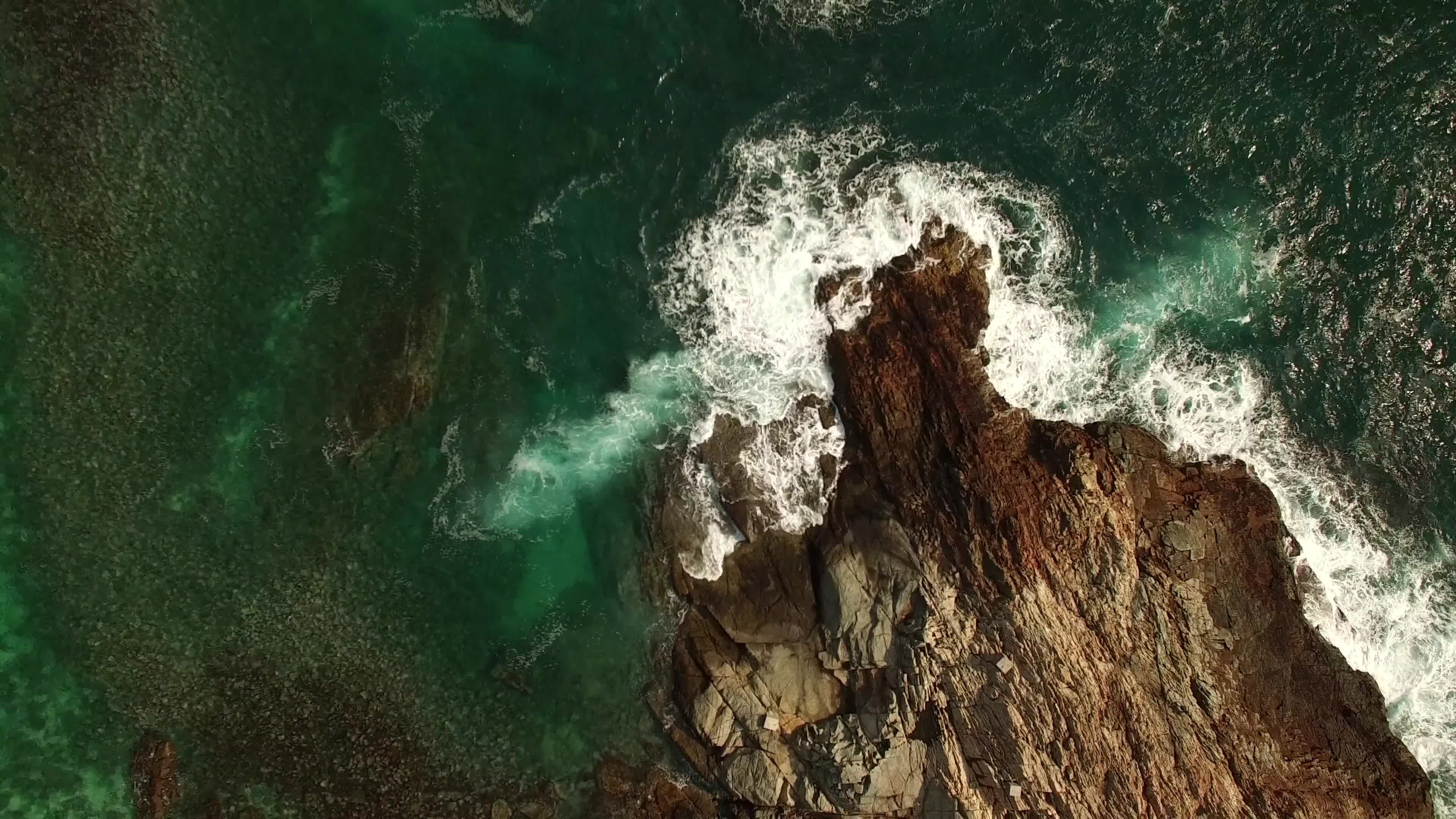 Bird s eye view of a cliff