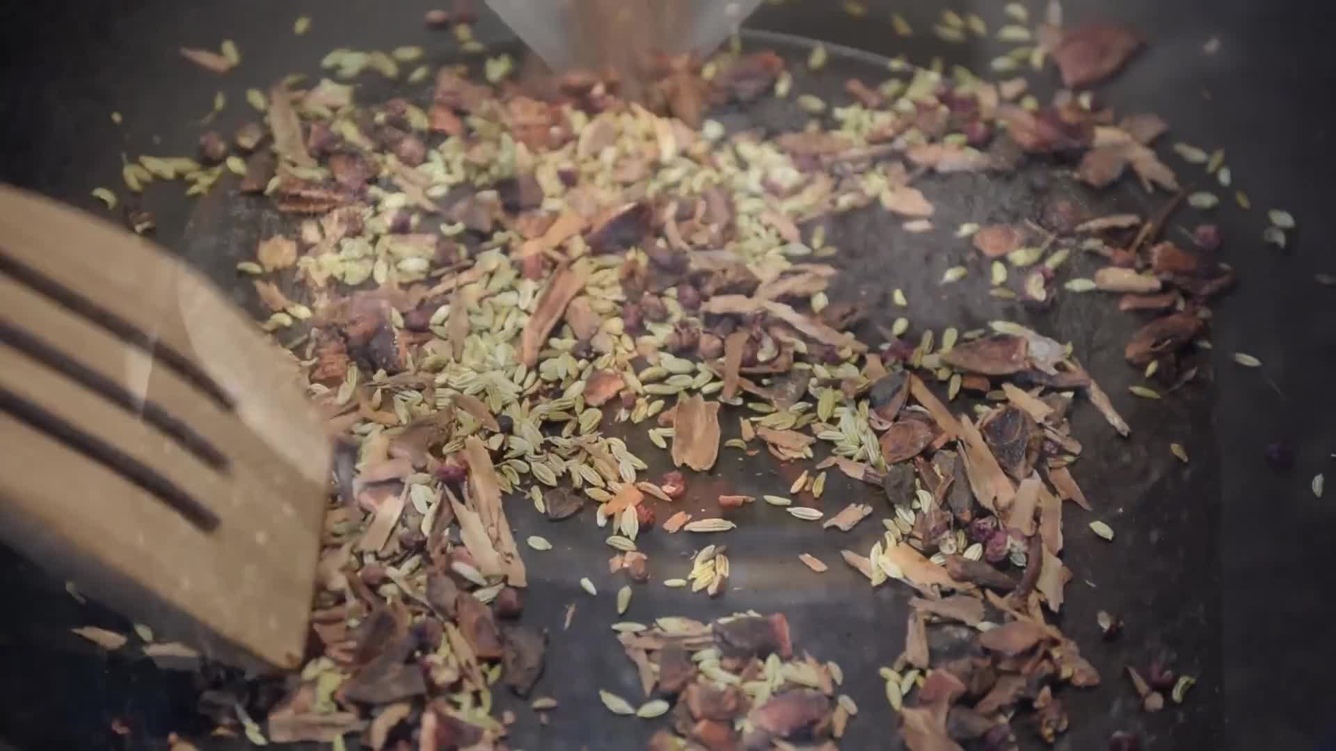 Spice mortar grind mix food
