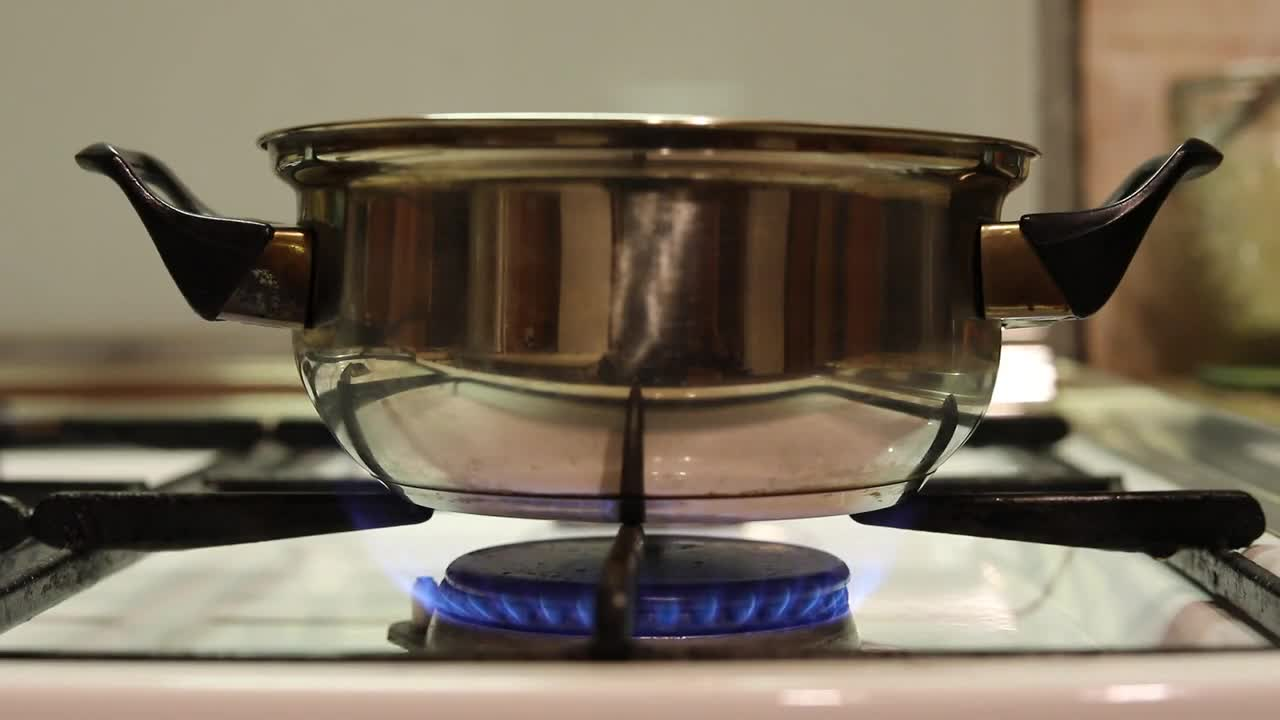 Gas fire stove ring casserole