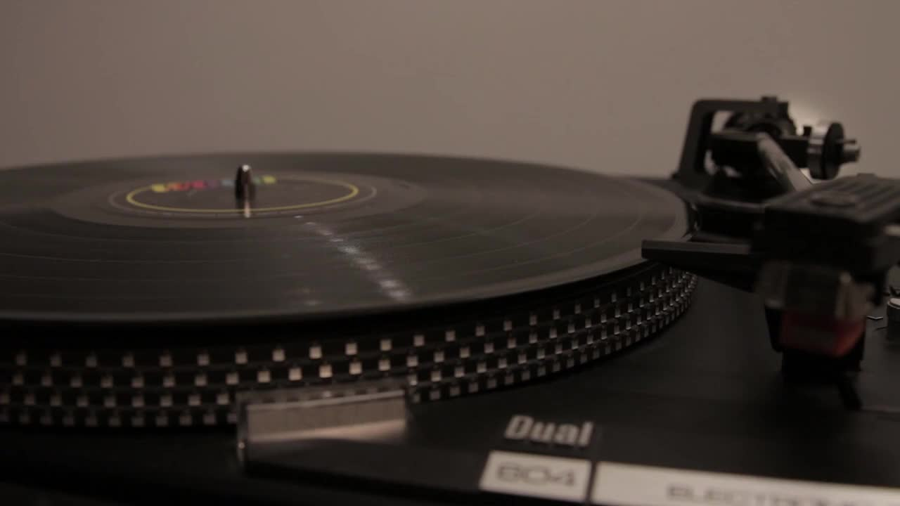 Turntable old vinyl music retro