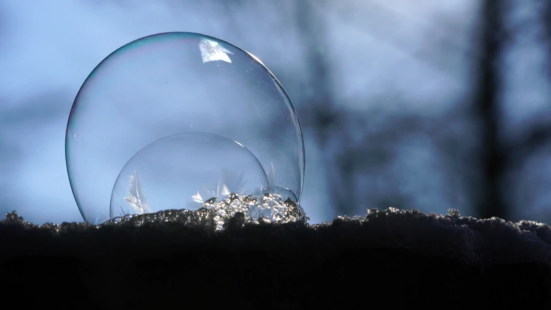 Soap bubble freezer windy crystals eiskristalle